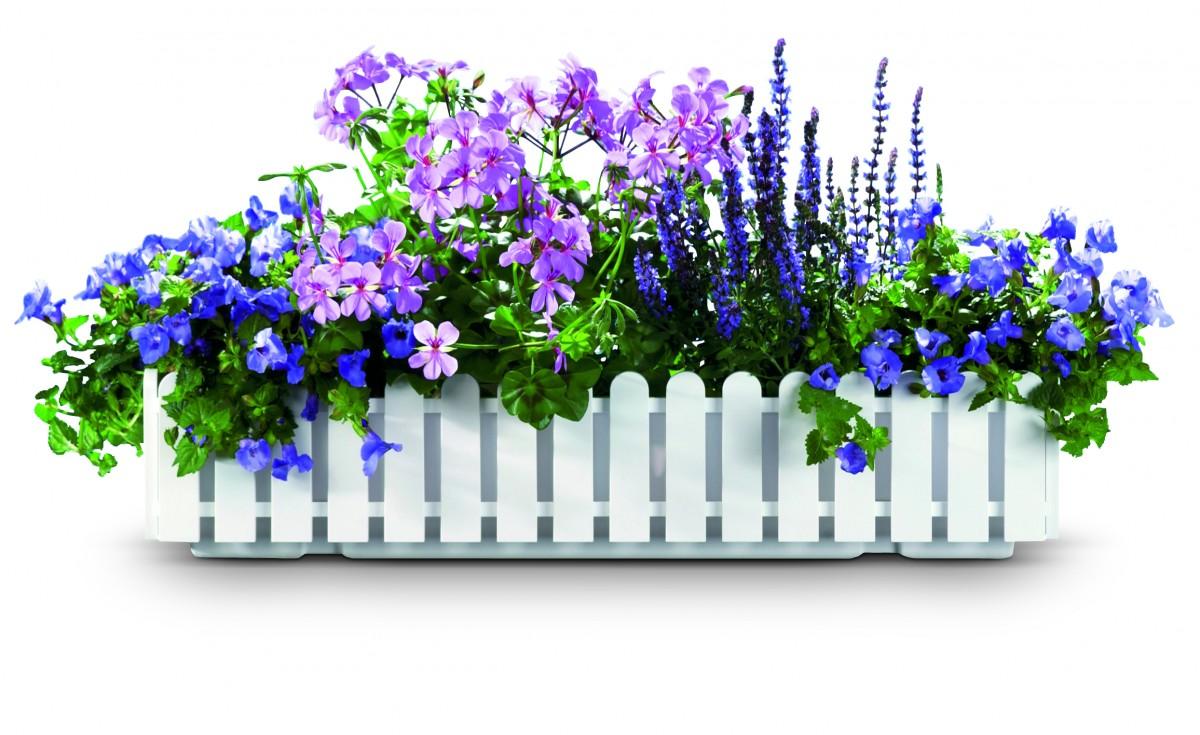 Ящики и вазоны для цветов на балкон.