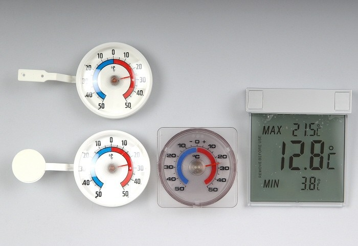 TFA digitales Fensterthermometer Vision